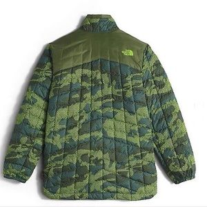 45bcf0223 The North Face Hayden Thermoball Camo Youth Jacket NWT